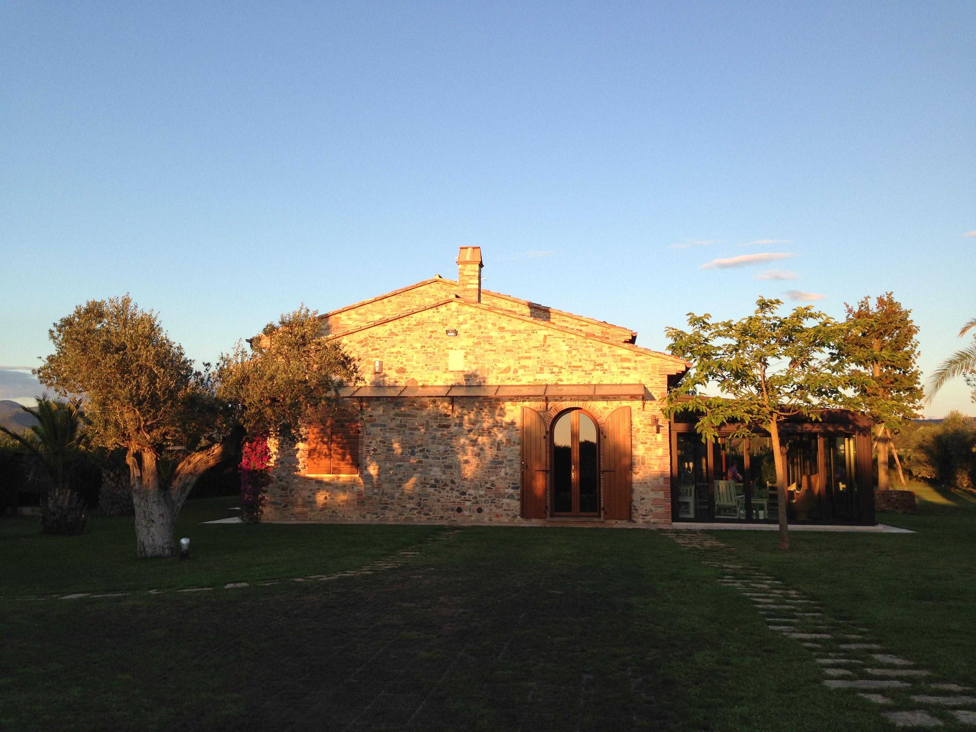 Demolizione e ricostruzione - Castagneto Carducci (LI)
