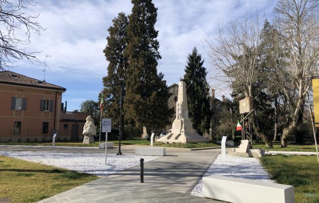 Riqualificazione di piazza pubblica - Boretto (RE)