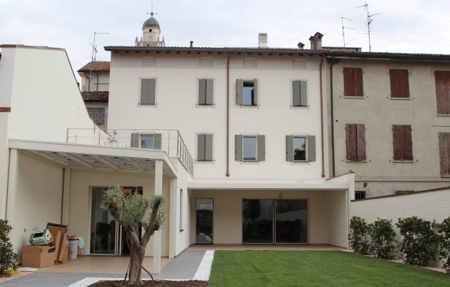 Ristrutturazione edificio residenziale - Brescello (RE)